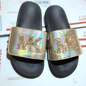 Michael by Michael gold canvas slides